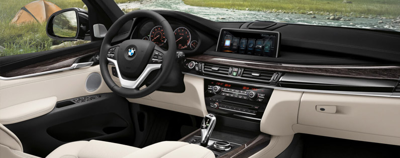 Youve Come To Expect Serious Luxury From BMW And The 2017 X5 Wont Disappoint Opening Door Youll Recognize Look Of A Modern